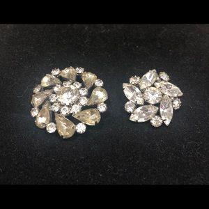 Vintage set of 2 rhinestone pins.